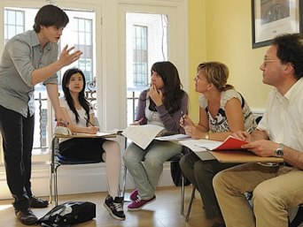 English Courses in Central School of English - Universe Study